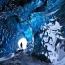 Ледяная пещера в Skaftafell, Исландия. Данная пещера находится на замерзшей лагуне Svínafellsjökull ледник в Skaftafell.