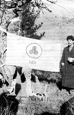 Знамя Мира на Белухе. 1990. Конференция с участием Алисии Родригес Фернандес. Фото из архива Алисии Родригес, Мексика