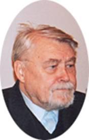 Владимир Топоров - лауреат Премии Андрея Белого 2003 года - на церемонии вручения премии в Европейском университете. Санкт-Петербург, 20 декабря 2003 г. Фото Владимира Кузьмина