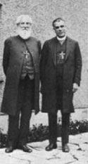 Ч. Ледбитер на встрече с Уэствудом