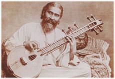 Хазрат Инайят Хан  (1882-1927 гг.) виднейший суфийский мастер и музыкант начала 20 столетия.