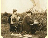 М. К. тенешева и И. Е. Репин на этюдах в Талашкине. 1980-е годы