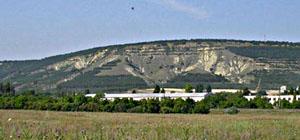 Пирамидальные сооружения в Крыму