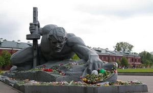 Монумент Брестской крепости - Жажда
