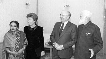 Девика Рани-Рерих, Р.М. Горбачева, М.С. Горбачев, С.Н. Рерих.