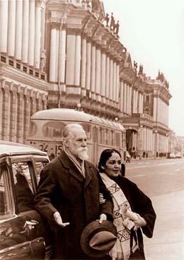 С. Н. Рерих и Девика Рани в Ленинграде. 1974