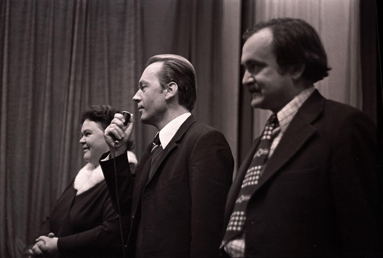Авторы фильма (слева направо) Р. А. Григорьева, Р. П. Сергиенко.