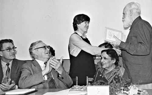 На Московской конференции:  Ларичев, академик Янщин, Дэвика Рани 1984 год