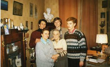 В гостях у Л.С.Митусовой на 4-ой Советской. Январь 1997
