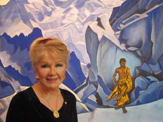 Президент Международного Комитета Знимени Мира госпожа Алисия Родригес. Осень 2004. Выставка Н. Рериха в музее университета Оглторп, США.