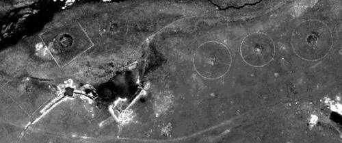 Квадраты, расположенные К северу от долины Юстыда, по каждой из своих сторон вытягивались на 56 метров