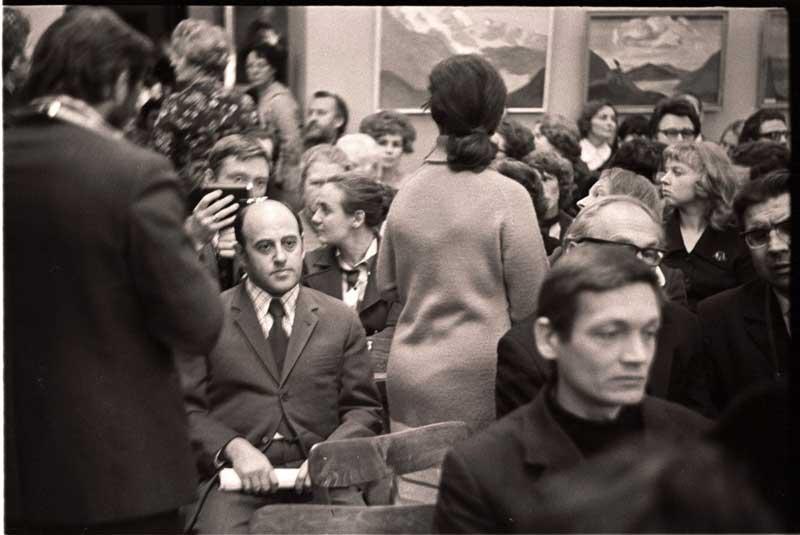 В зале. Рериховские чтения. 1976год