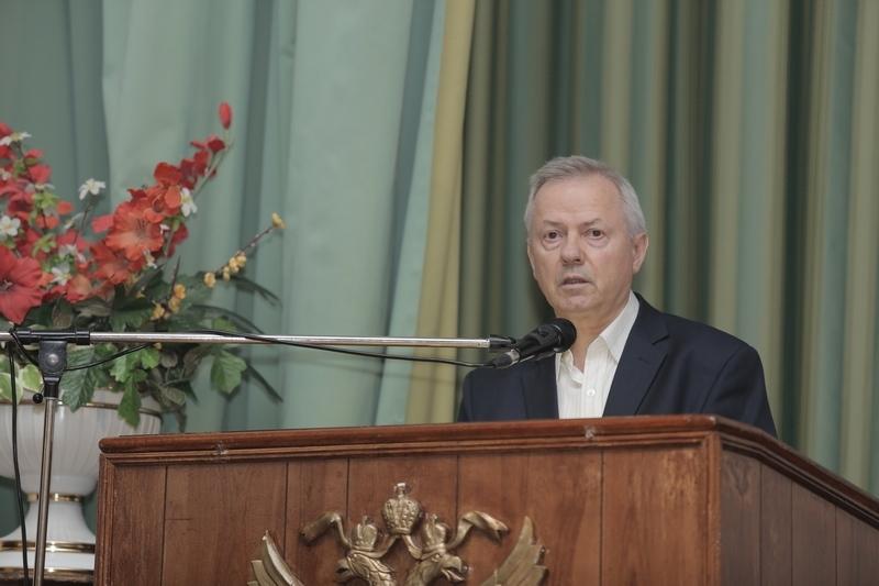 В.В. Фролов