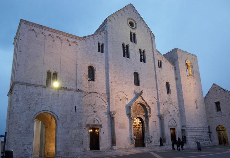 Собор (Базилика) святого Николая. Бари. Италия