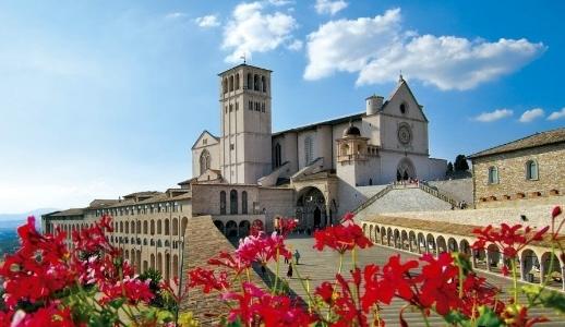 Собор Святого Франциска и монастырь Сакро Конвенто. Ассизи.