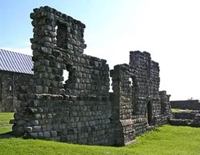 Руины монастыря святого Павла в Ярроу. Англия.