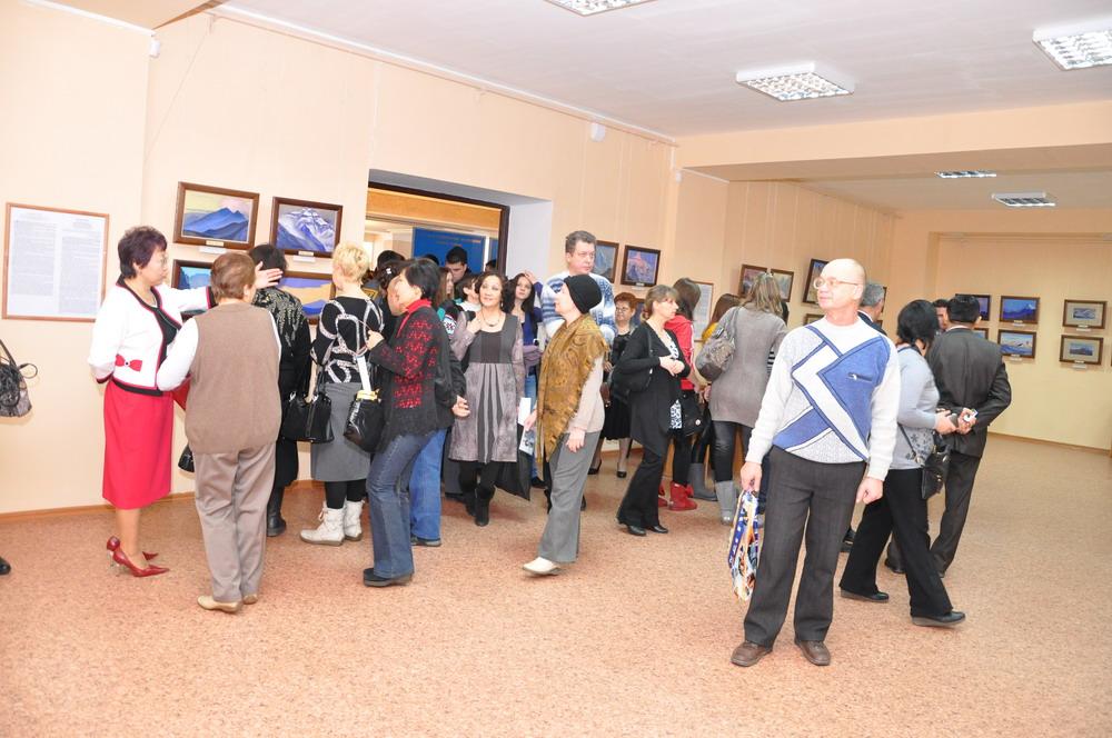 Выставка картин Н. К. и С. Н. Рерихов. Караганда, Казахстан. 2012