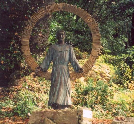 По дороге в монастырь Карчери. Фото 2010